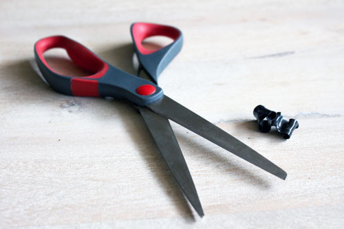 Remove Self Fusing Band with scissors