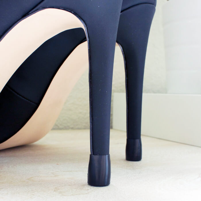 Tapered heel cap seamless fit on black heels